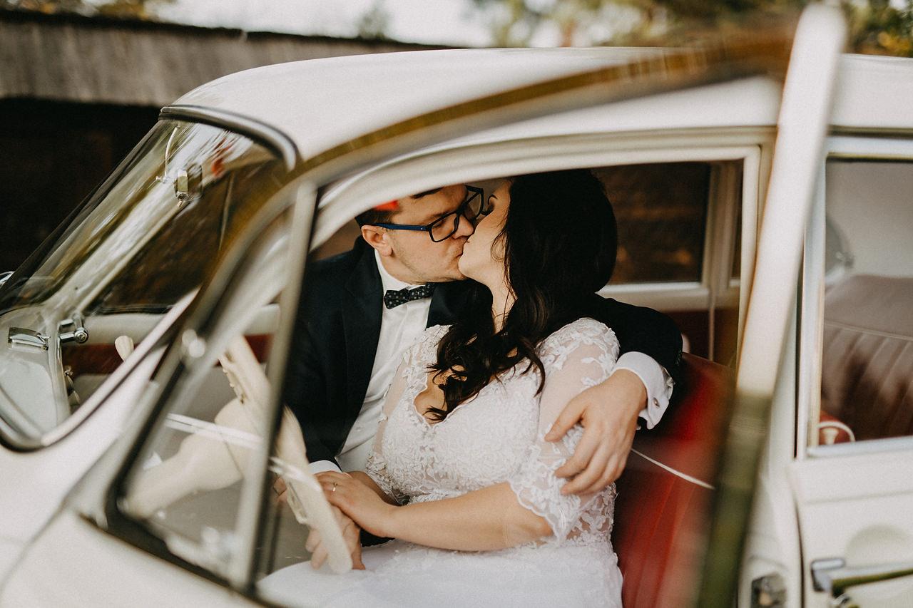 Stare auto do ślubu